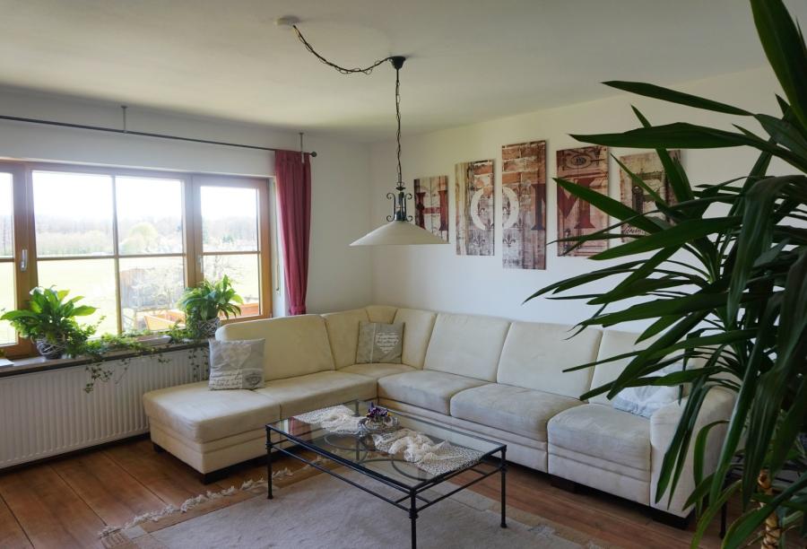 Ferienwohnung Lorenz - Wohnzimmer
